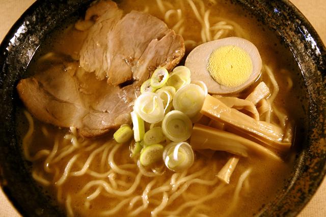 味噌ラーメンスープ,送料無料,北海道ラーメン,ラーメンセット,通販,お取り寄せ,鶏塩ラーメン,醤油ラーメン,味噌ラーメン